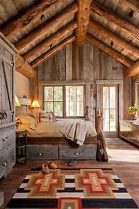 Schlafzimmer Aus Holz : 21 schlafzimmer ideen im landhausstil rustikaler charme im haus ~ Sanjose-hotels-ca.com Haus und Dekorationen