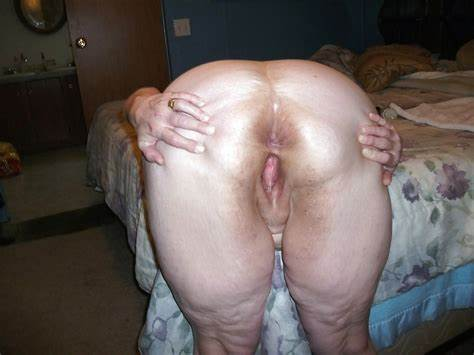 Com Large Ass Wife In Sneaker Mother Uncrossess Her Fledgling Holes Cheeks