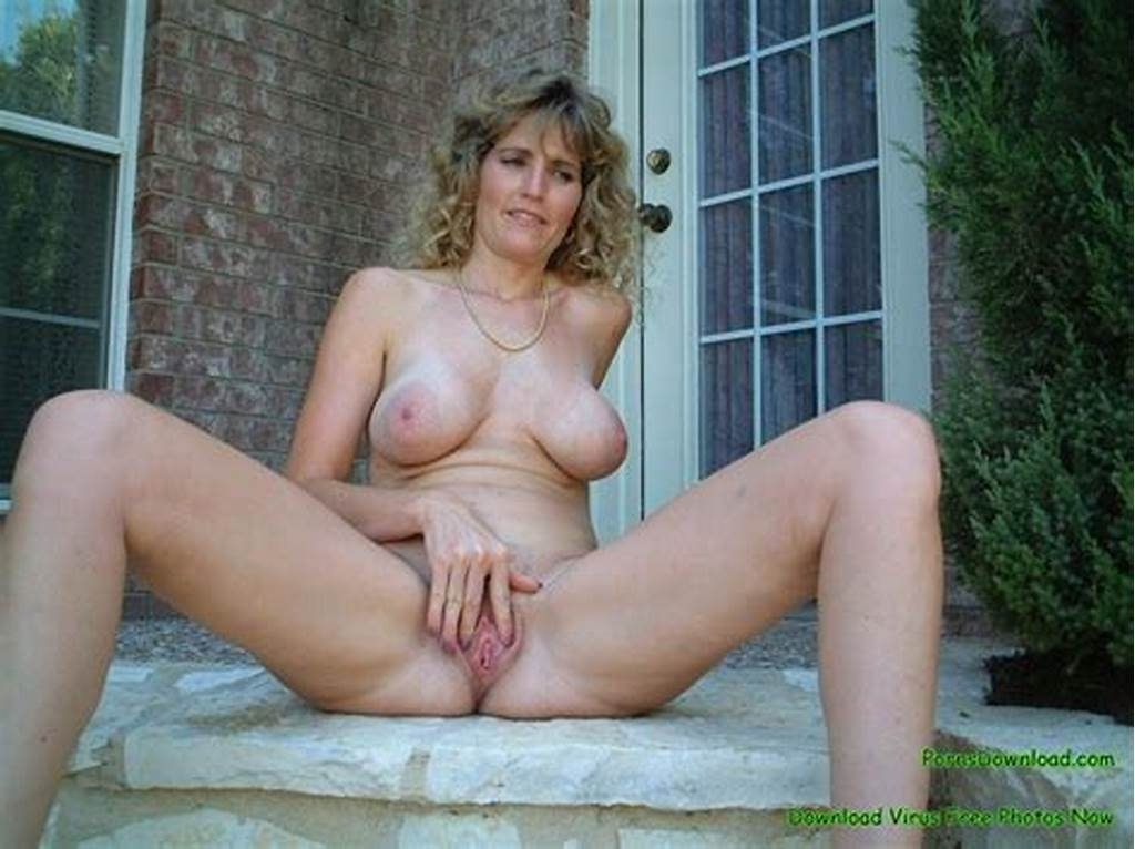 #Amateur #Mature #Woman #Topless