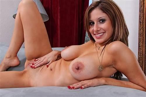 Natural boobs milf Milf Tits,