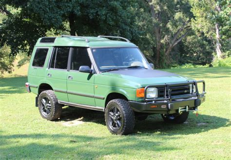 In the early 1960s both the royal marines, then largely based aboard commando carriers, and the british army required a vehicle that could be carried by air to replace the austin champ. LS-Powered 1994 Land Rover Discovery 5-Speed for sale on ...