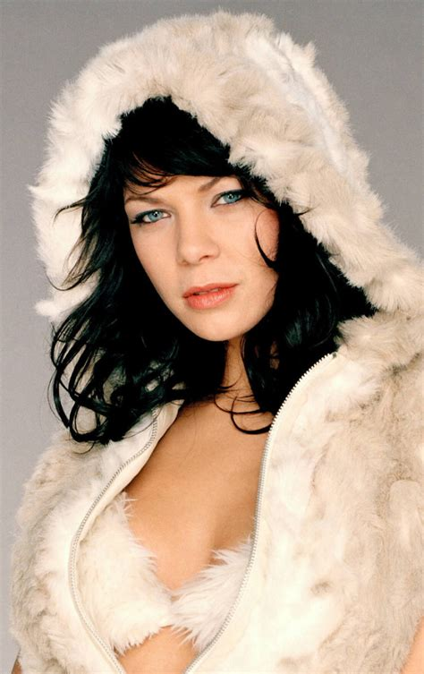 She is an actress, known for romy (2009), nichts bereuen (2001) and buddenbrooks (2008). Jessica Schwarz Photoshoot, Full HD Wallpaper