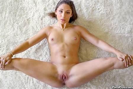Nude Pro Teen Modela