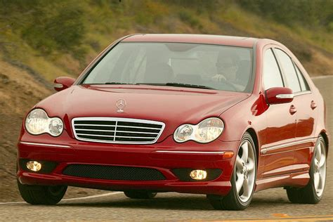 Inline 4 turbo diesel 16 valve dohc with electric motor. 2007 Mercedes-Benz C-Class Reviews, Specs and Prices | Cars.com