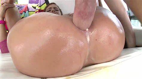 Japanese Gonzo And Pussy Pounded