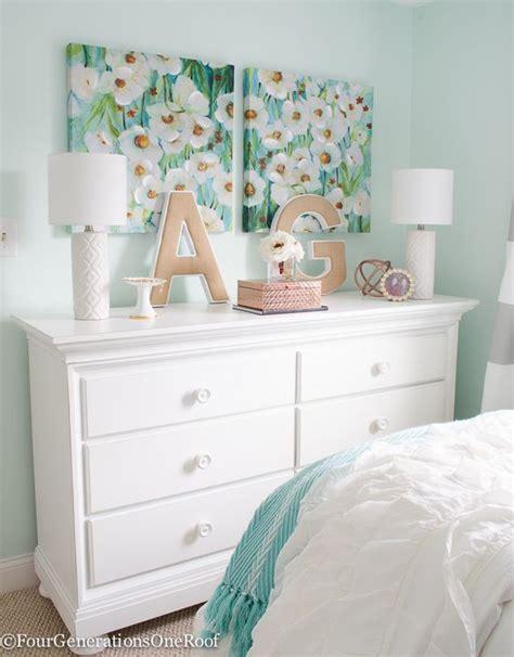 Stylish wall decorations for modern girls bedroom. Pin on Decor Hacks