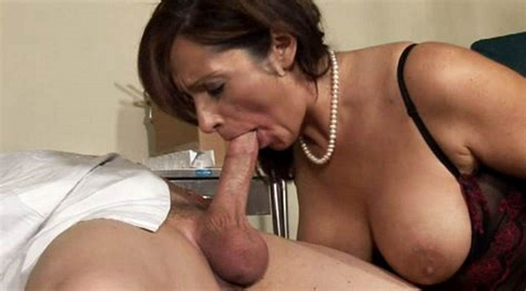 #Doctor #Offers #His #Sperm #To #Coctomom #After #A #Nice #Blowjob