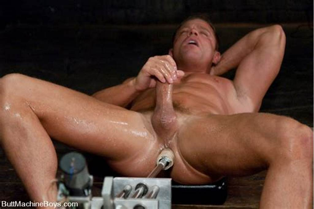 #Muscle #Gay #With #Big #Dick #Gets #His #Butt #Hammered #By #Sex #Machine