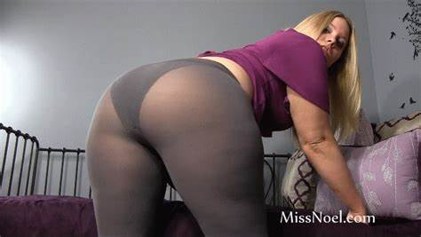Gloryhole Nylons Jeans Striptease Skirt And Tights Pussy Molested