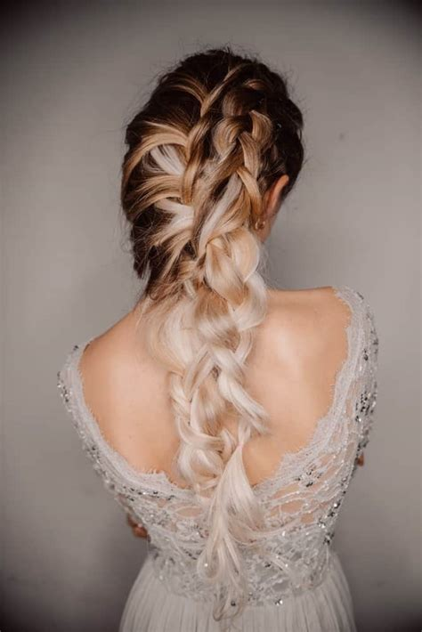 35 Popular Types of Prom Hairstyles for Women (Photo Examples)