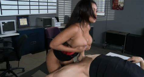 Bodies Gorgeous Foxy Spycam Gives Titjob