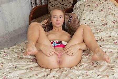Nude Young Teeny