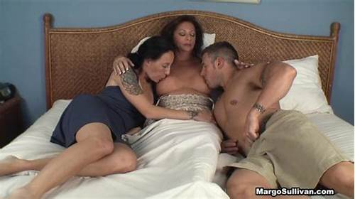 Mommy Stepmom Office Clit Fingering #Mom #Suckling #Her #Son #And #Daughter