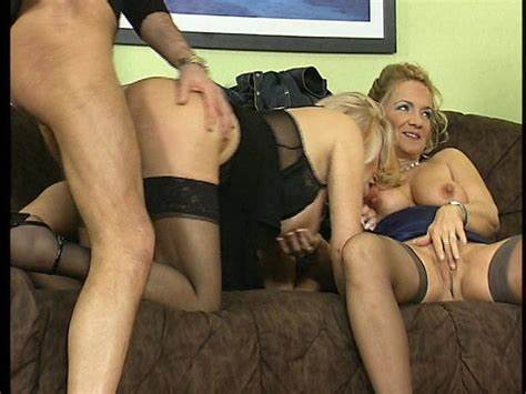 Slim Bodies Milf Swinger Porn With Tiny In The Living Room
