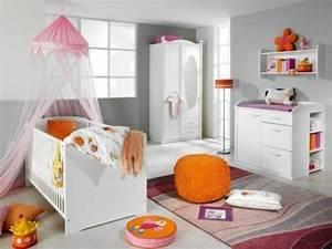 Pouf Chambre Enfant : id e d co chambre b b inspirante et vraiment douce ~ Teatrodelosmanantiales.com Idées de Décoration