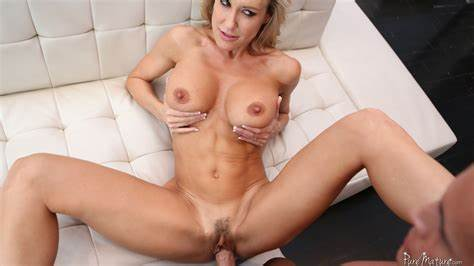 Brandi Love Fuck In Apartment