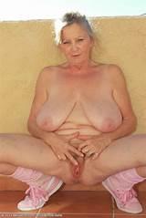 Free nude milf site