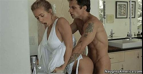 Camgirl Deepthroat Facialed By The Pool Camsgram #Nicole #Aniston #Gif #Porn #Bathroom #Sex