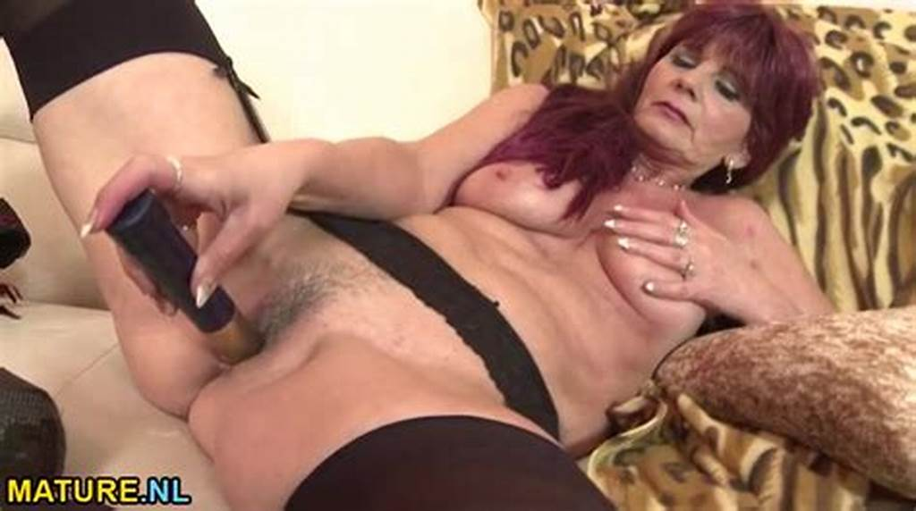 #Saggy #Mature #Titties #On #A #Solo #Dildo #Fucking #Babe
