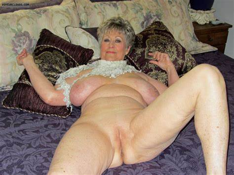 Charming Small Sexy Gilf Topless Screwed Wet Massive Breasts Pantyhose