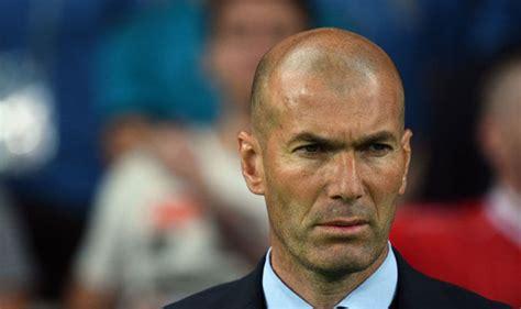 Know more about zidane achievements, career info and stats @ sportskeeda. Zinedine Zidane Biography & Net Worth (2021) - Busy Tape