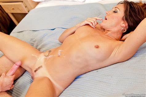 Michelle Lay And Heather Silk Awesome Lesbi Sex
