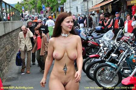 Nude In Teen Public Place