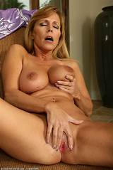 Frog movies blonde wet pussy