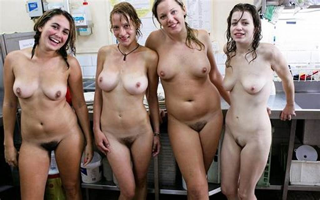 #Naked #Mature #Women #Comparing #Groups