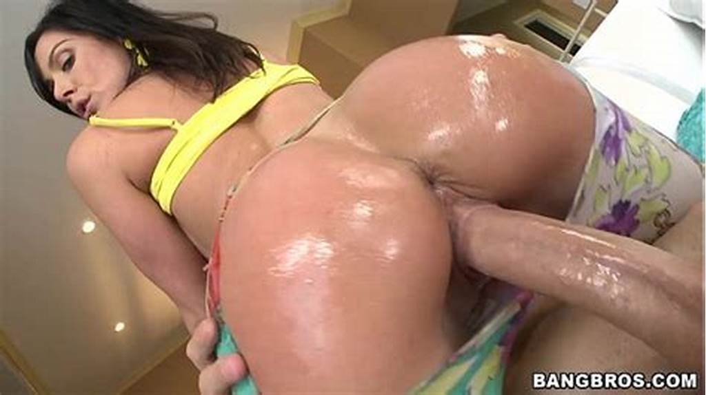 #Kenda #Lust #Has #The #Best #Milf #Ass