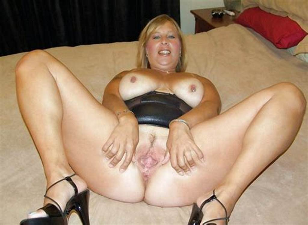 #More #Chubby #Sluts #Spreading #Legs #And #Cunts