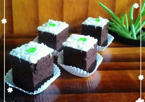 Kali ini anis kurniawan, executive pastry chef dari hotel ciputra jakarta membagikan resep brownies kukus. Resep Brownies Kukus Lembut Irit Banyak oleh Kheyla's Kitchen - Cookpad