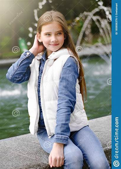 Child Preeten Children Preteen Little Adorable Outdoors