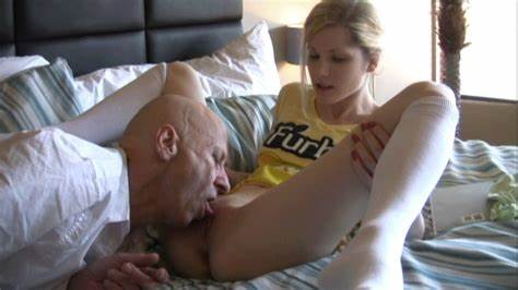 Older Woman Stretched By Plump Daddy taboo