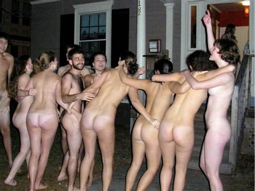 #Sorority #Streaking