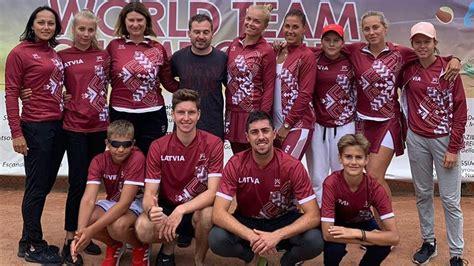Latvijas izlasēm devītās vietas pasaules čempionātā pludmales tenisā - Teniss - Sportacentrs.com