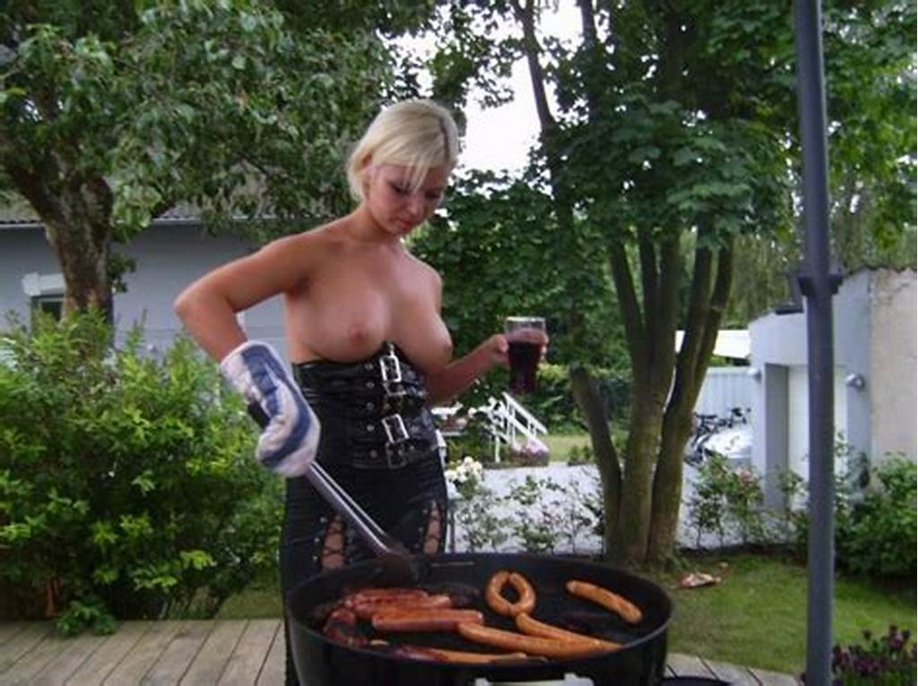 #Topless #Blonde #Host #Bbq #Party #Sexmenu