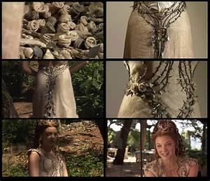 Margaery Tyrell's wedding dress details | Wedding crap ...