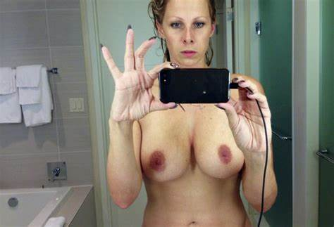 Gianna Michaels Stretched Selfie Gianna Michaels Amateurs
