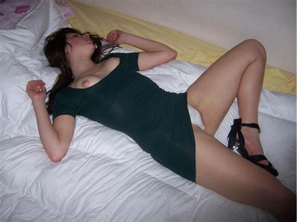 #Drunk #Girls #Passed #Out #Panties