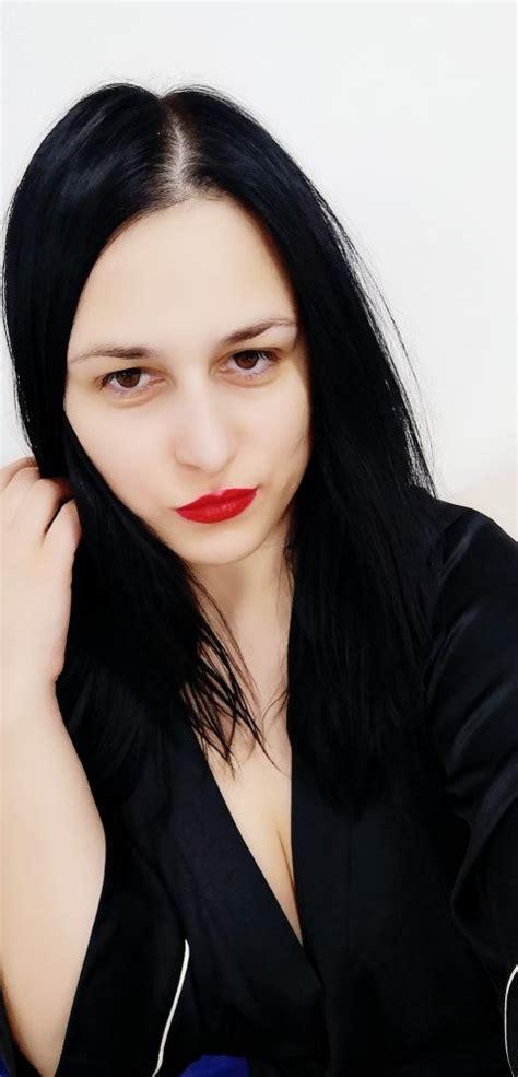 Mistress Elise | DommeLine