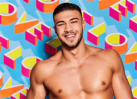 Tommy fury returns to the ring on march 23rd at the leicester arena and has said he's hoping for a big dirty knockout, which. Who Is Tommy Fury? The Recently Single Boxer Going On Love Island