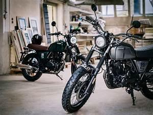 Moto Retro 125 : moto vintage 125 cc brixton bx 125 piccola classica al salone di colonia 2016 motociclismo ~ Maxctalentgroup.com Avis de Voitures