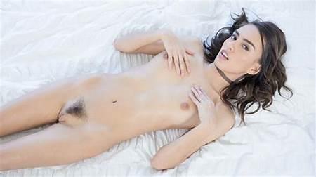Free Teen Nude Petite