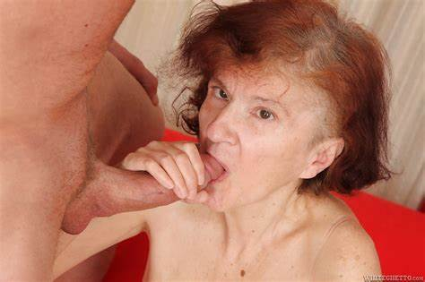 Horny Granny Pounded Cum Swallow