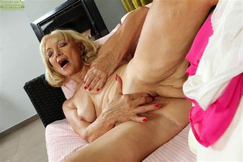 Saggy Foxy Domme Mocks Gorgeous Dirty Granny Janet Lesley Bares Large Wet Chested