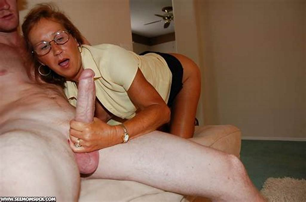 #Slutty #Mature #Lady #In #Glasses #Teaching #Her #Teen #Friend #How
