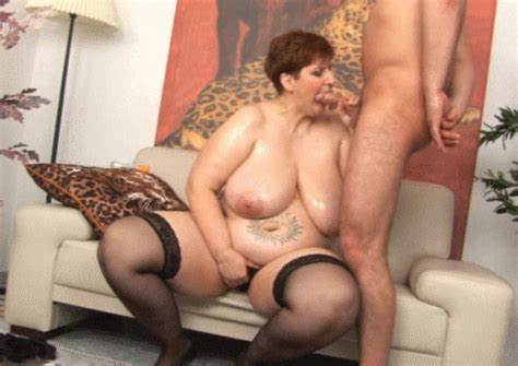 Old Boy Bangs A Sultry Milf