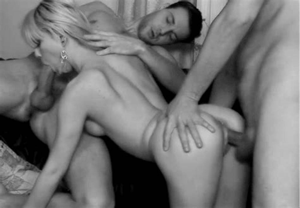 #Mfm #Threesome #Foreplay #Gif