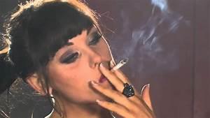 Model Danielle Sheehan smoking strong B and H Gold ...